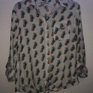 Pineapple Button up NWT